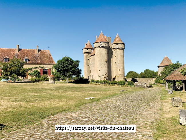 Het kasteel in Sarzay een monument sinds 1912