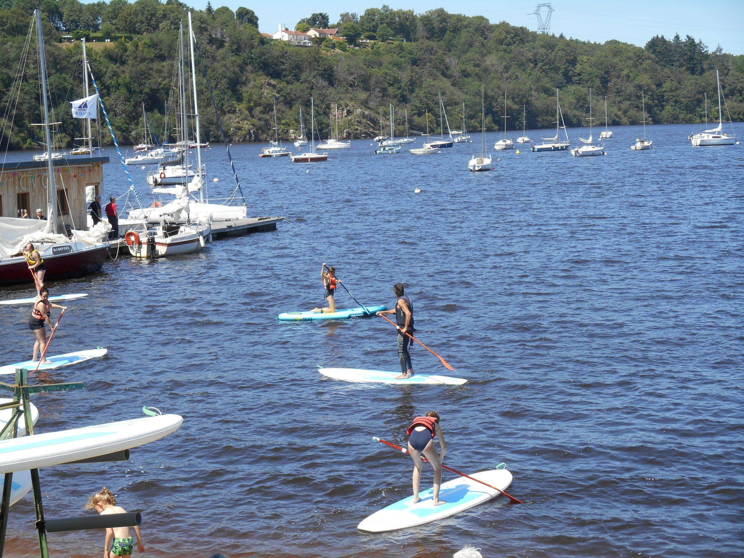 watersport lac d'Eguzon , de creuse